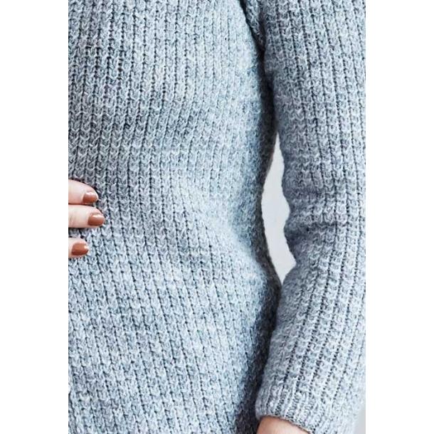 Caitlin Cardigan med flettemønster - strikkekit
