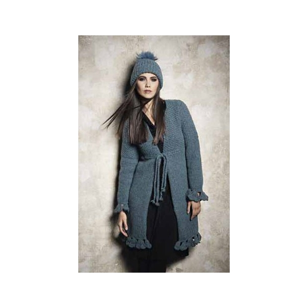 Frakke med hæklede kanter- hækleopskrift fås også som gratis download