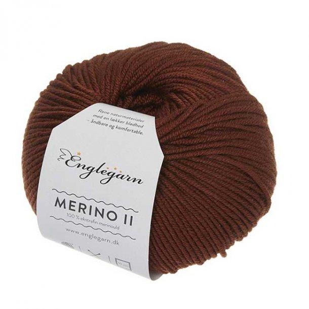 Englegarn Merino II Kastanje Brun 040 100 - 125 m 3½-4½ mm 18 - 20 m