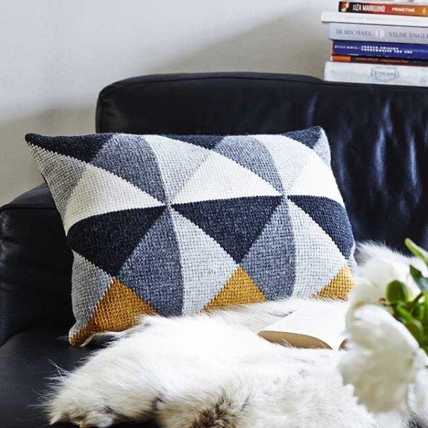 Helga Cushion - tunisian crochet pattern download